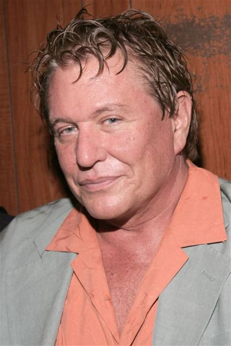 Poze Tom Berenger - Actor - Poza 30 din 41 - CineMagia