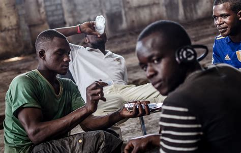 IRIN | Breaking the cycle of youth unemployment, poverty